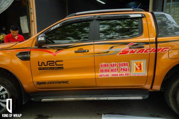 Dán Quảng Cáo Trên Bán Tải Ford tại Hà Nội