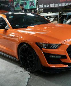 Ford Mustang GT500 đổi màu cam