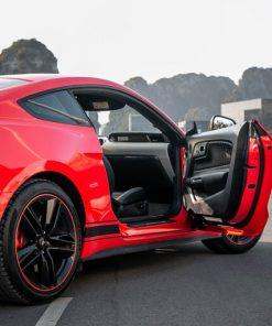Dán đổi màu ô tô Ford Mustang
