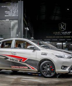 Toyota Vios dán decal tem xe oto đẹp phong cách